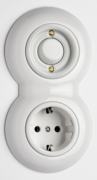 retro schalter und steckdosen berker serie 1930 schalter steckdosen vom bauhaus inspiriert. Black Bedroom Furniture Sets. Home Design Ideas